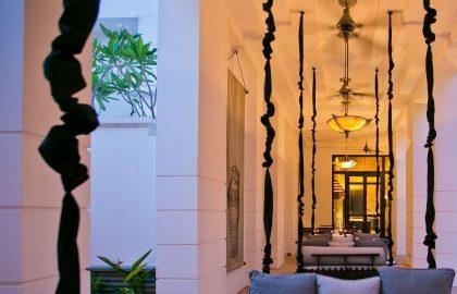 Park-Hyatt-Siem-Reap-P047-Swing-Tables.adapt.16x9.1280.720 (1)