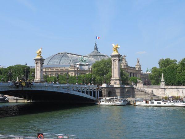 PONT ALEXANDRE III; PARIS